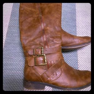 Women's mid thigh boots